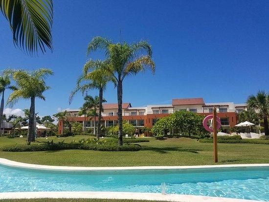 Beautiful resort but has room for improvement