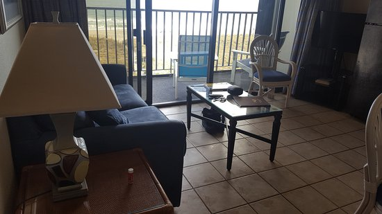 Surf Suites Motel: Sitting room