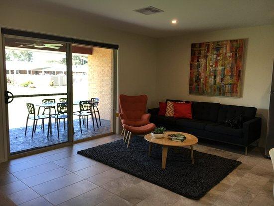 Howlong, Australia: Living area