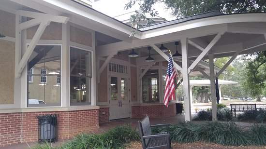 Aiken, SC: Entrance of the visitor center and rail museum