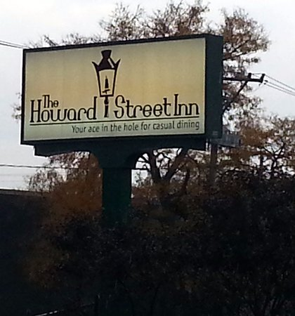 Niles, IL: signage for the Howard Street Inn