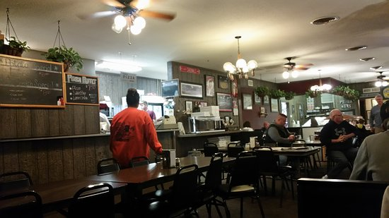 Williamsburg, IA: Pizza Haus