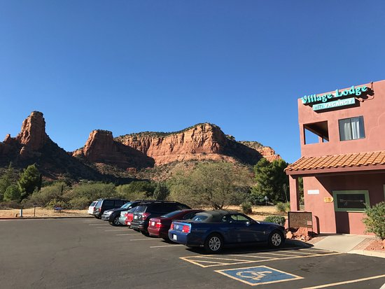 Sedona Village Lodge: Our gorgeous surroundings!