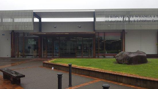 Te Koputu A Te Whanga A Toi - Whakatane Library and Exhibition Centre