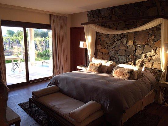 Cavas Wine Lodge: Vineyard Villa Bedroom