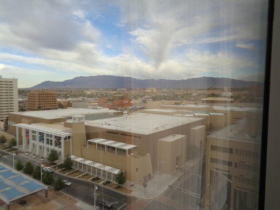 Hyatt Regency Albuquerque: Looking hard right from our room