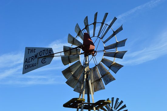 Kendallville, IN: outside windmill