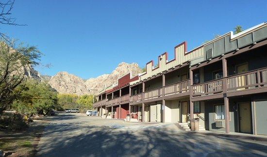 Bonnie Springs Motel