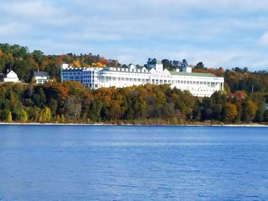 Grand Hotel: Taken from the Arnold ferry.