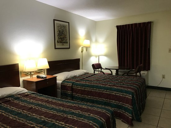 Mc Rae, GA: Double Beds