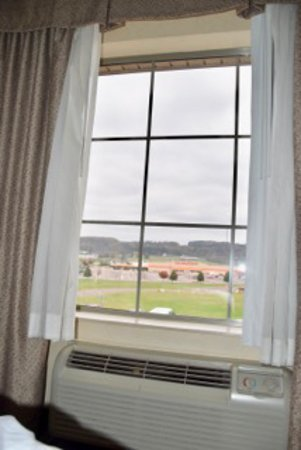 Holiday Inn Express Bloomsburg: Window View