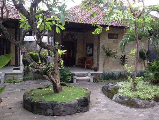 Taman Sari Cottage II: Superior Room