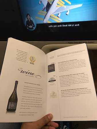 singapore airlines world class food beverages