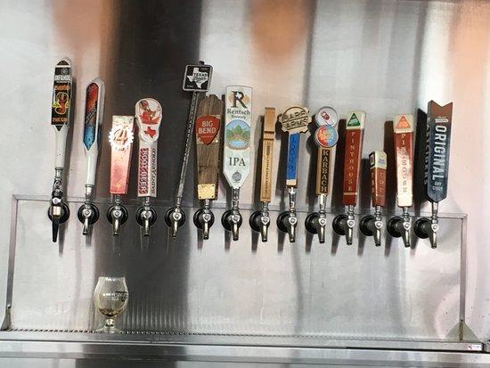 Taylor, Teksas: Craft-beer-pulls