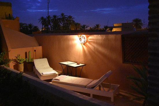 Riad Samsara: Terrace at night