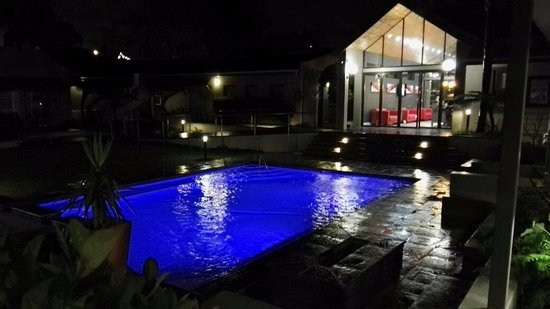 Kolping Guest House & Conference Centre: Outside pool area
