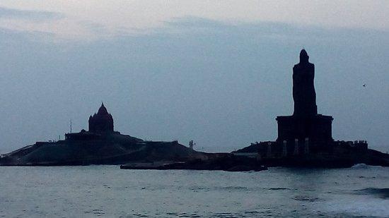 Thiruvalluvar Statue & Vivekananda Rock