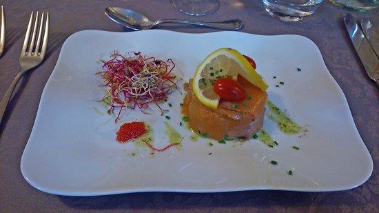 Champigny-sur-Marne, Francia: dôme de truite gravlax et avocat