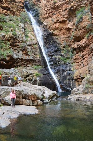 De Rust, Sudáfrica: The 60-m-high Waterfall is one of the highlights along Meiringspoort