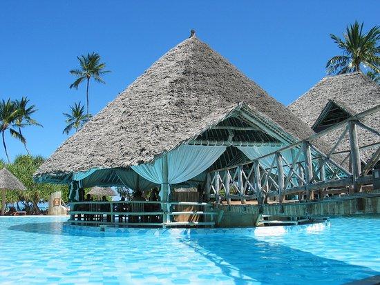 Neptune Pwani Beach Resort & Spa: Italienisches Restaurant