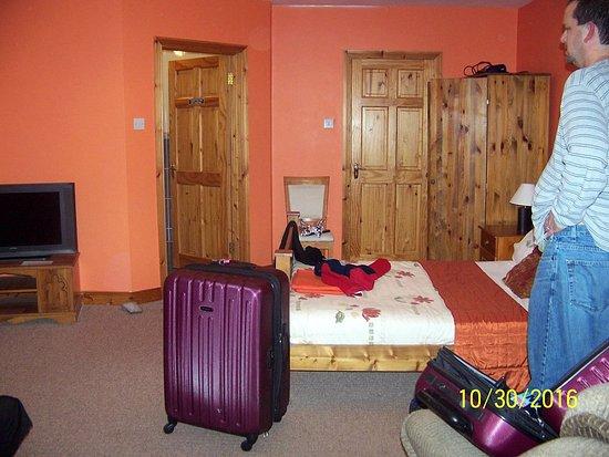 The Heeneys Lodge Image