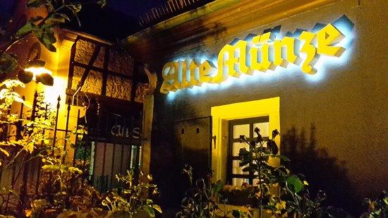 Wachenheim an der Weinstrasse, Germany: Uriges Weinstüble :-)