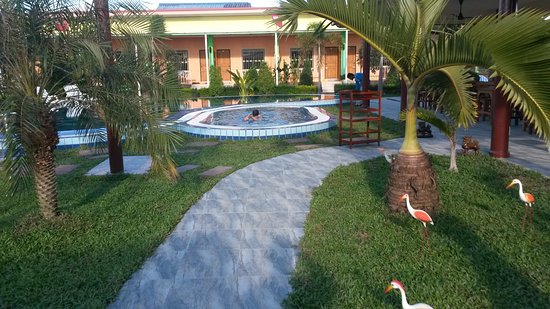 Mr House Resort