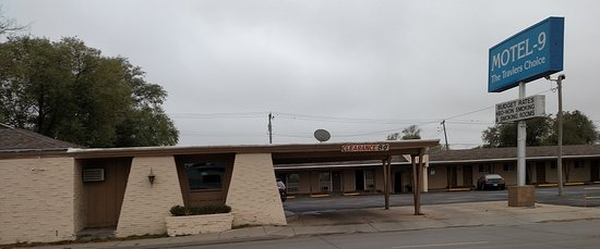 Motel 9
