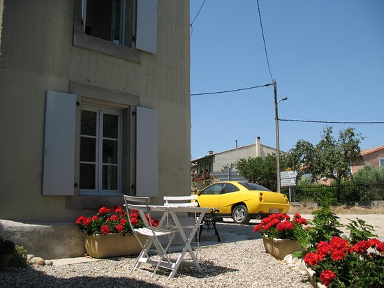 Alaigne, Γαλλία: adjoining self catering cottage