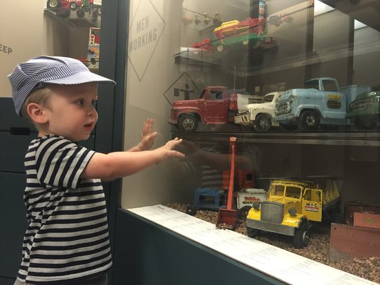 Prairie Museum of Art & History: trains
