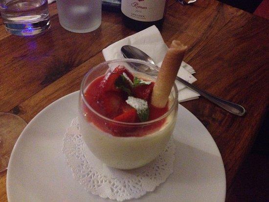 Marsillargues, France: Tiramisu fraise