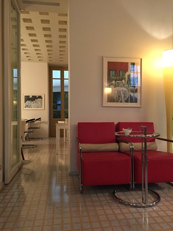 Petronilla Hotel Image