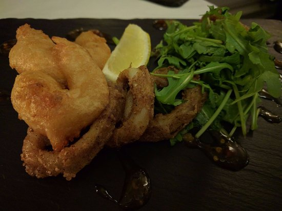 North Ballachulish, UK: salt/pepper squid and tempura shrimp