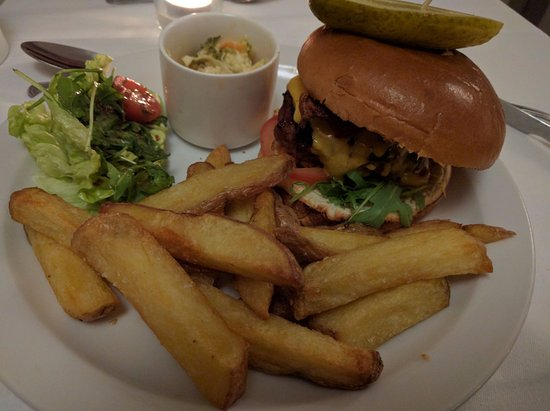 North Ballachulish, UK: Classic burguer