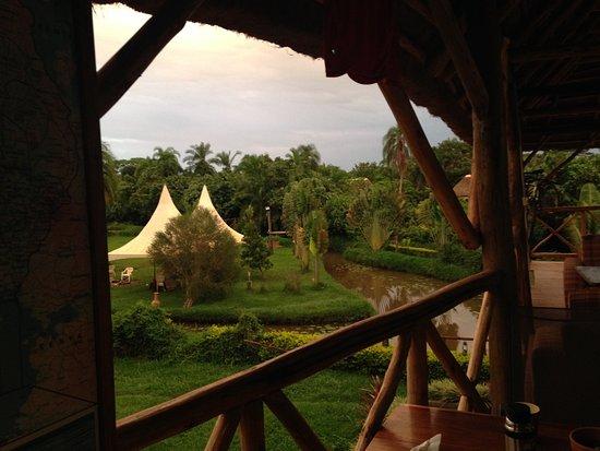 Región Central, Uganda: View from dining area