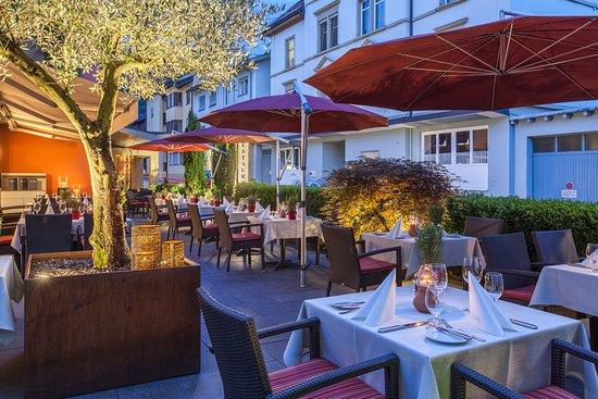 Hotel GERMANIA: Gastgarten