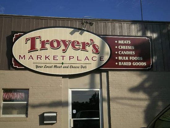 Johnstown, OH: Troyer's Deli