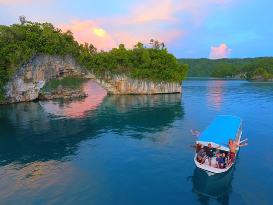 Palau Dive Adventures: Photo of our boat on the way back from diving, driving through the Rock Islands.