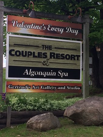 Couples Resort: photo6.jpg