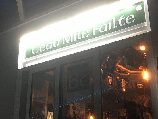 Paddys Irish Bar: photo0.jpg