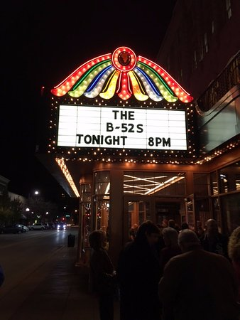 Genesee Theatre: Friday Night in Downtown Waukegan