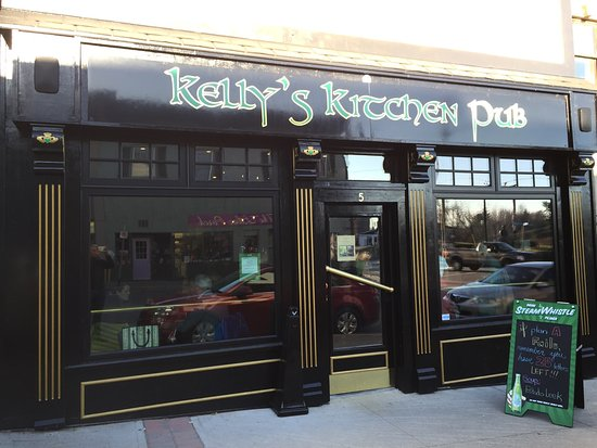 Kelly 39 s kitchen pub bracebridge restaurant reviews for Kelly s kitchen