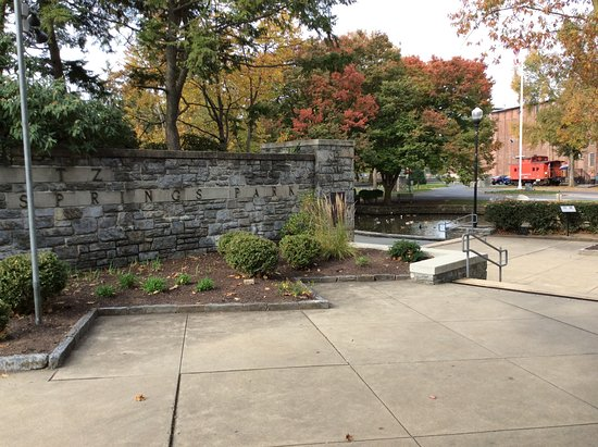 Lititz Springs Park: view of park