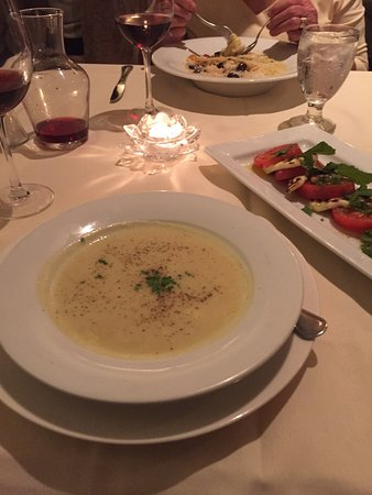 Butlers at the Mansion : Potato & leek soup with Caprese salad