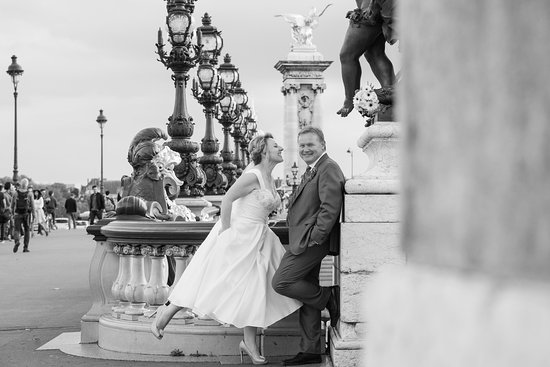 one of our MANY engagement pictures - PICmyTRIP Paris, Paris