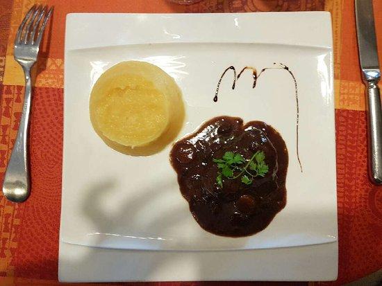 Choses Promises: Joue de boeuf et purée de rutabaga (plat)