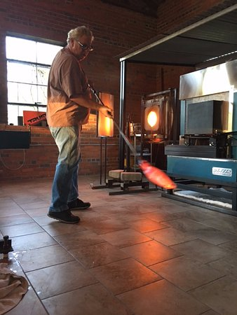 ‪‪Conway‬, ساوث كارولينا: Free glass blowing demos.‬