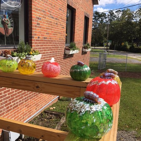 Conway, SC: Locals and visitors love our pumpkins!