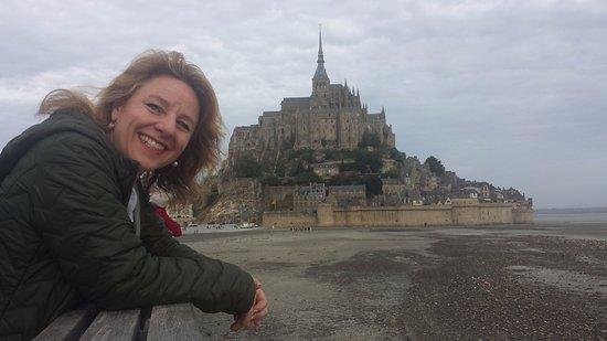 Mont Saint-Michel & Normandy Tour - Emi Travel Paris: What a great day!