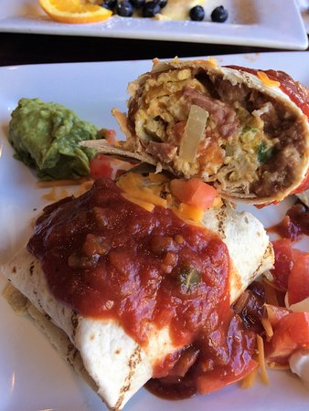 Nudy's Cafe: Breakfast Burrito